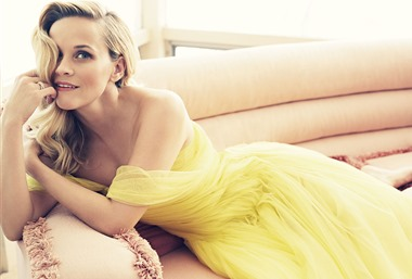 Reese Witherspoon12