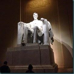 林肯紀念堂内之塑像