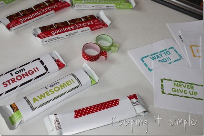 #ad Fruit-and-nut-snack-bar-with-motivational-wrappers #TryALittleGoodness (3)