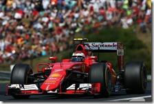 Kimi Raikkonen al volante della Ferrari