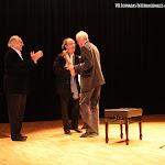 El compositor Vicente Roncero felicita a Wolf Moser