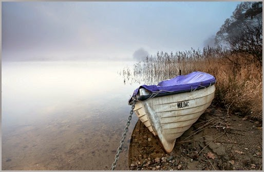 row-boat-on-shore-wide-wallpaper-537597