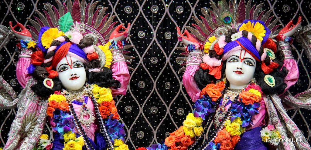 ISKCON Juhu Sringar Deity Darshan 20 Jan 16 (15)