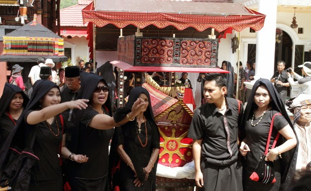 Family members at a Tana Toraja Funeral Ceremony