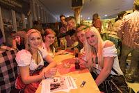 20151017_allgemein_oktobervereinsfest_214949_ros.jpg