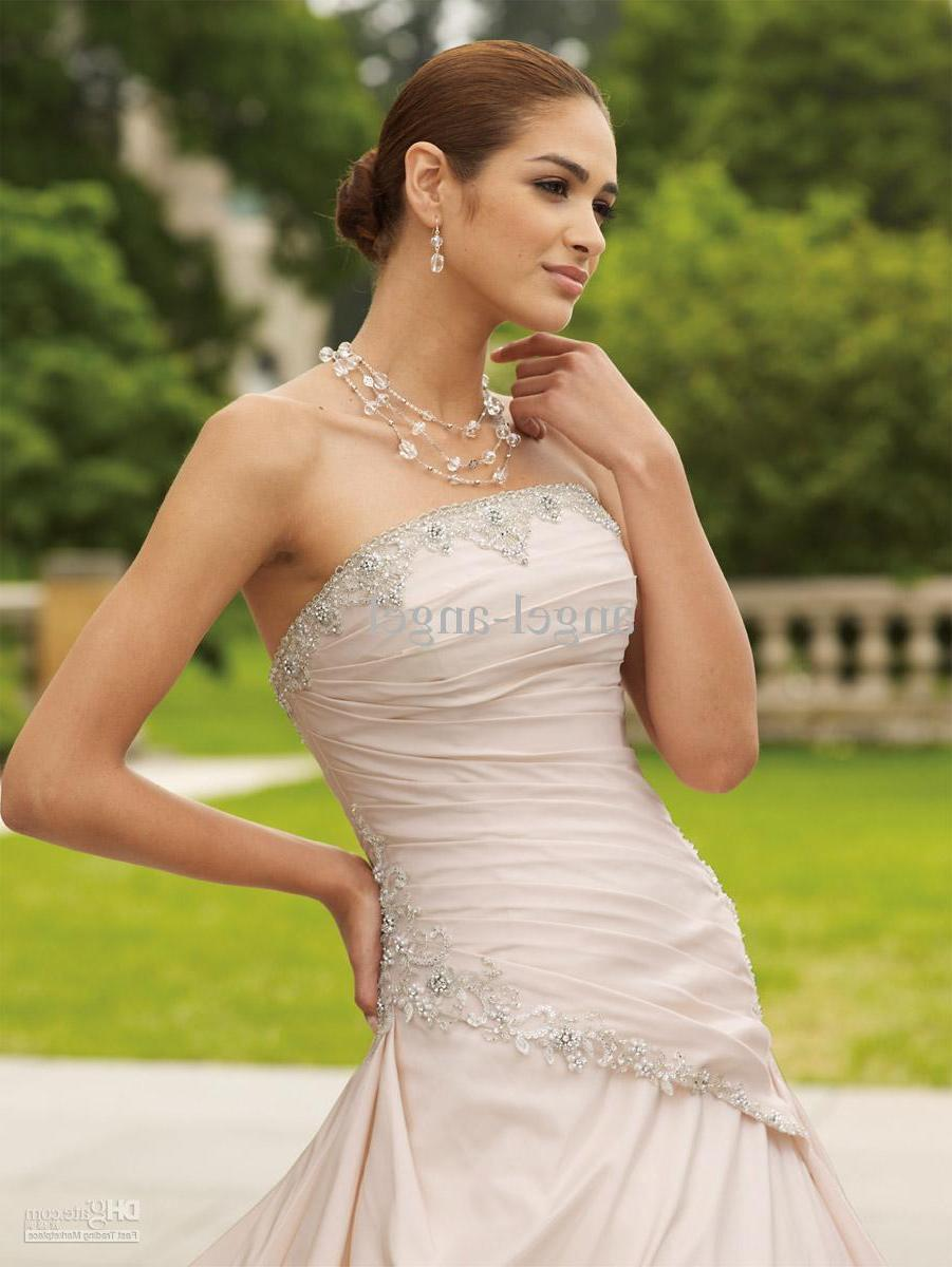 No Ready-made Wedding Gown ! Need Custom-made!! Available in White  Ivory.