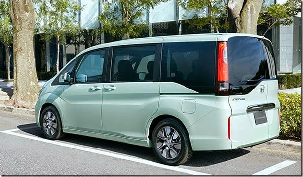 Honda-Step-WGN-5