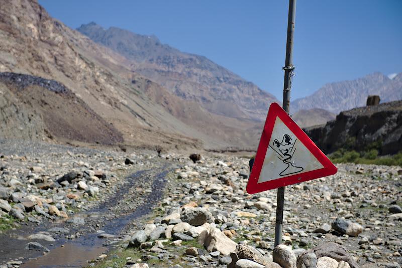 Atentie alunecari de teren!
