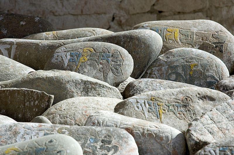 mani-stone-14