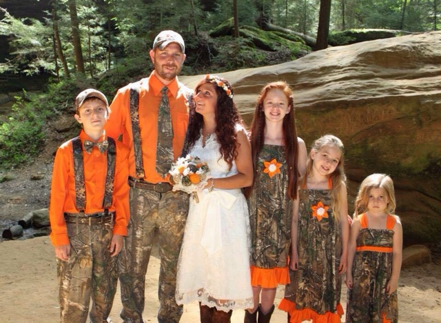 GypsyFarmGirl: Shasta\'s Camo and Orange Wedding