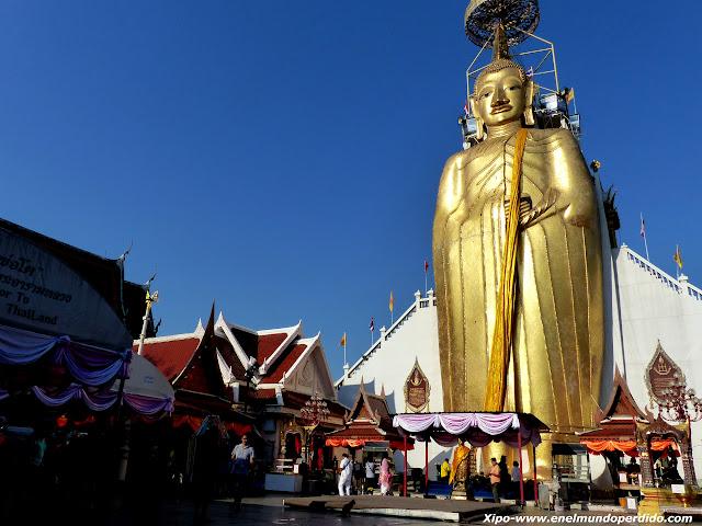 buda-gigante-Wat-Indharawihan.JPG