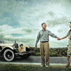 Canvass Vintage by Ryan Sumampong - People Couples ( canvass, vintage, wedding, couple, dating )