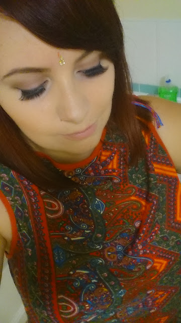 Beauty, makeup, Make up, eyes, look, bindi, braid, hippy, party, birthday,