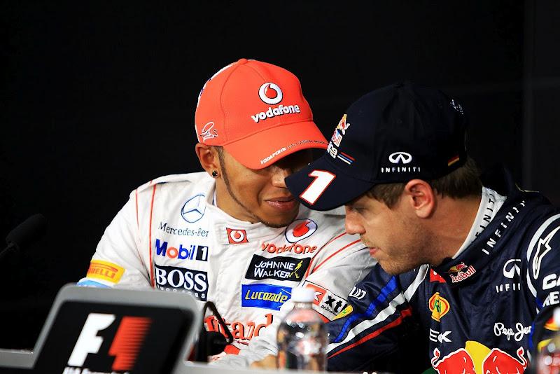 Льюис Хэмилтон и Себастьян Феттель на пресс-конференции после квалификации на Гран-при Канады 2012