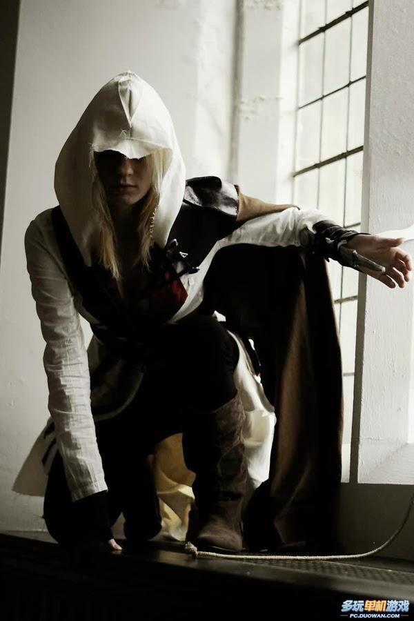 Bộ cosplay tuyệt đẹp về sát thủ Ezio phiên bản nữ - Ảnh 3