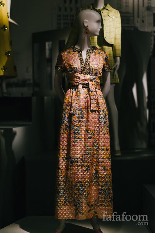 Elizabeth Arden by Oscar de la Renta, Evening dress, Fall 1967.