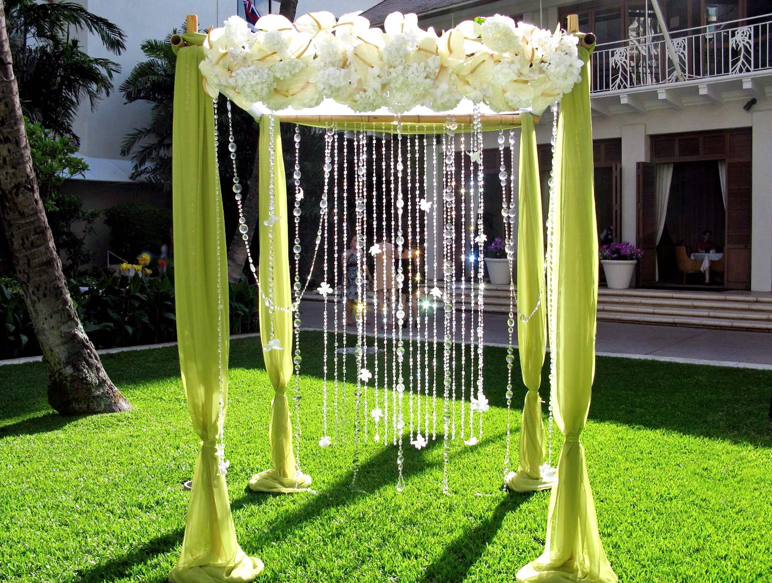 Decorate wedding arch living room interior designs for Archway decoration ideas