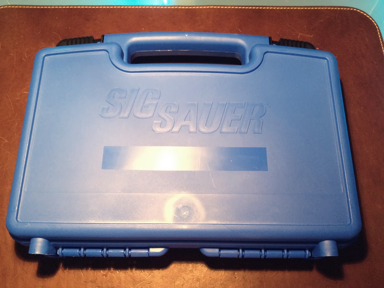 sig_p226_case_001.jpg
