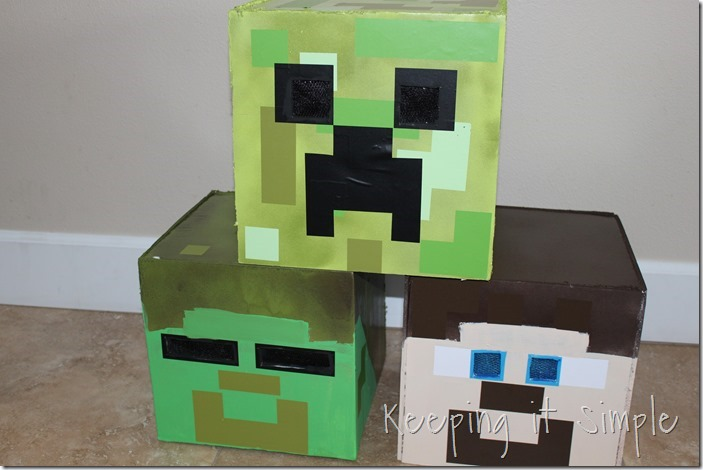 DIY-Minecraft-Creeper-Steve-and-Zombie-Costumes (9)