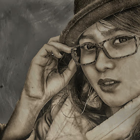 Pic My Crayon by Jeffry Elferialdy - People Portraits of Women
