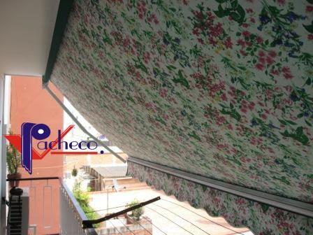 Toldo para balcon en Serra