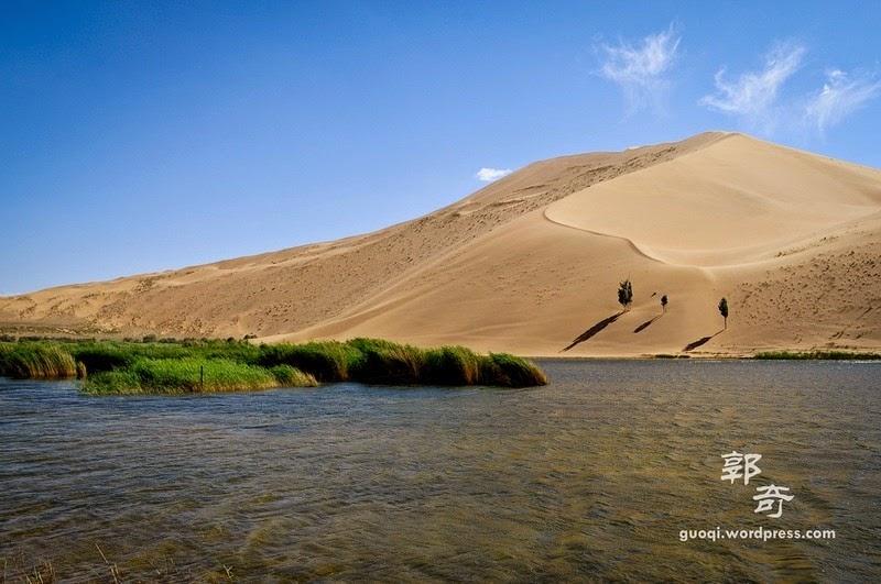 badain-jaran-desert-7