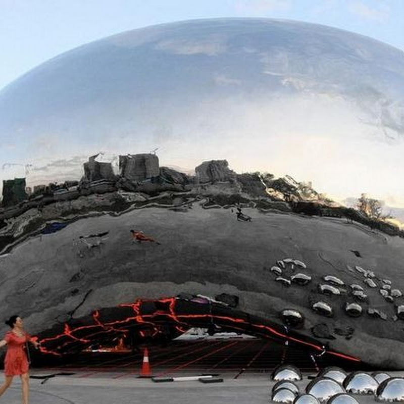 "The ""Big Oil Bubble"", a Chinese Knockoff of Chicago's Famous ""Bean"""