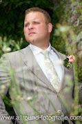 Bruidsreportage (Trouwfotograaf) - Foto van bruidegom - 001