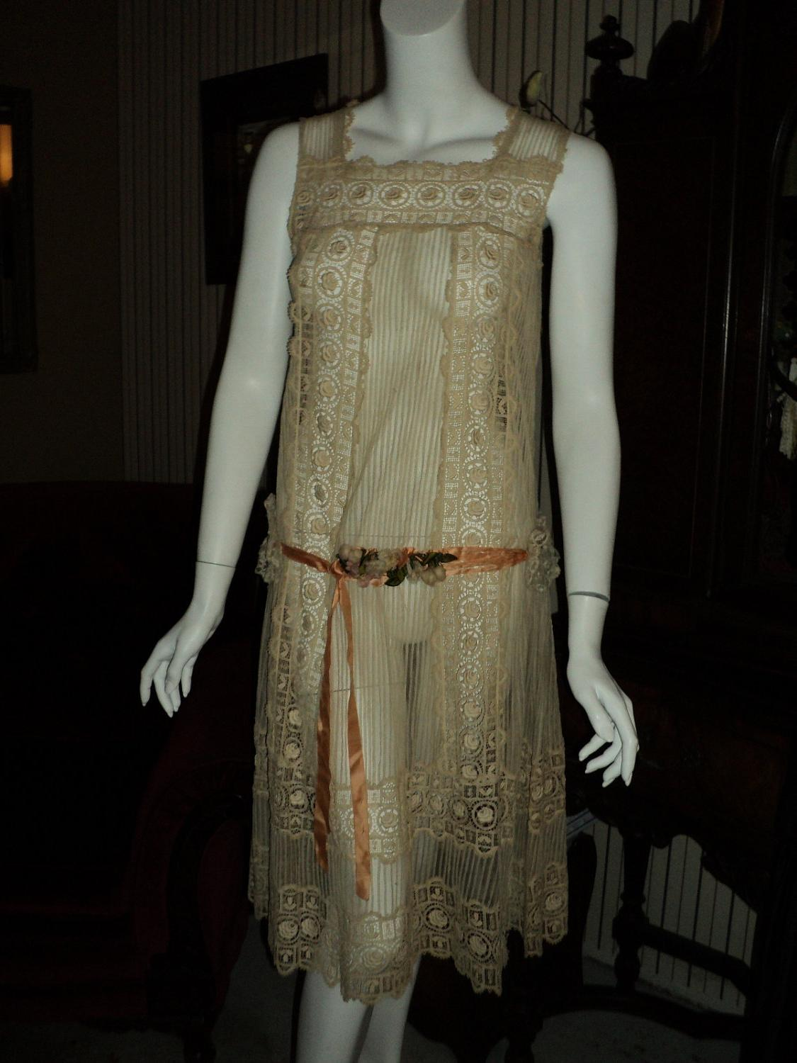 1920s Lace ecru day dress with