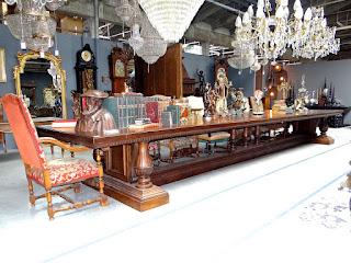 Большой антикварный стол 19-й век. Длинна 7 м. 13500 евро.