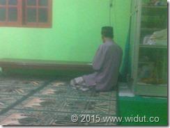 Pak Walidi   Ta'mir Musholla An-Nur