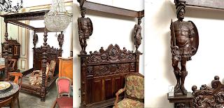 Большая кровать с балдахином. 19-й век. Резные скульптуры 70 см. Размер для матраса 210/160 см. Общий размер 170/225/250 см. 35000 евро.