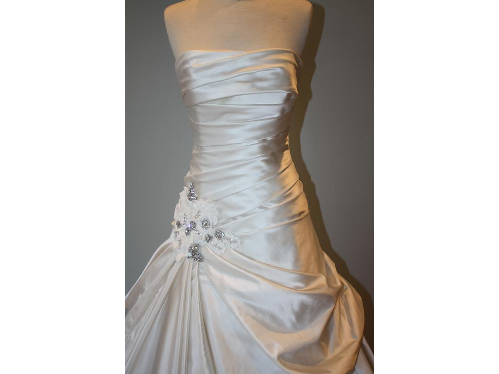 ball gown wedding dresses with