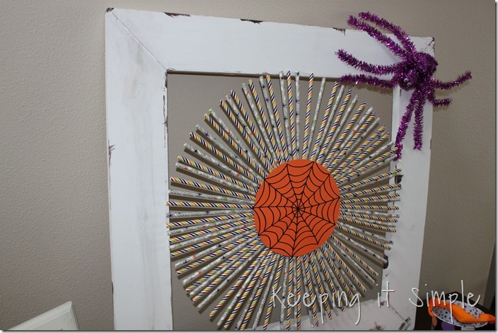 Halloween-decor-idea-paper-straw-wreath (10)