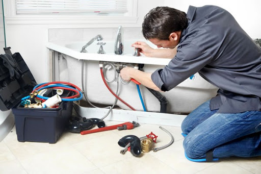 Plumbing Emergencies Mishaps and Steps to Solve the Problems