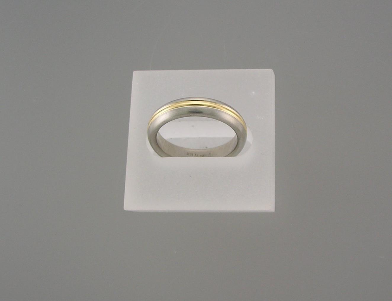 Jerry Spaulding - Womens Titanium 18kyg