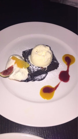 Mc Gettigan's Warm Double Chocolate Brownie with Vanilla Ice-cream - Mc Gettigan's Galway Blogger Taste & Tell Evening