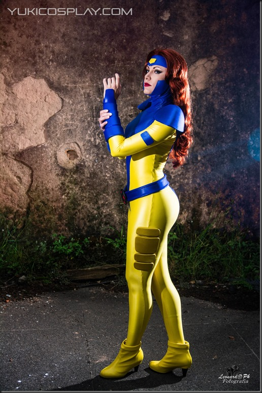 jean_grey_cosplay_by_yukilefay-d8eq1z4