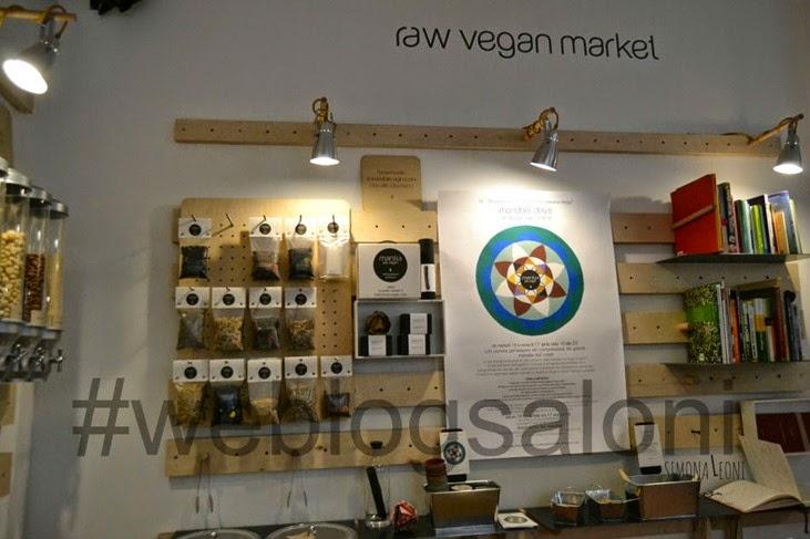 market_Mantra_raw_vegan_simonaelle_weblogsaloni