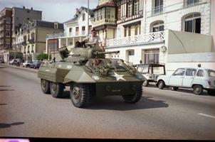 1988.07.10-072.37 automitrailleuse