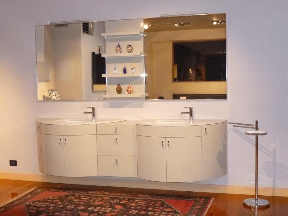 Arredo bagno mobili da bagno bergamo e for Mobilia outlet