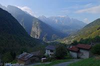 Vom Valle del Mis (linkes Tal) weiter über den Passo di Cereda (1369m).