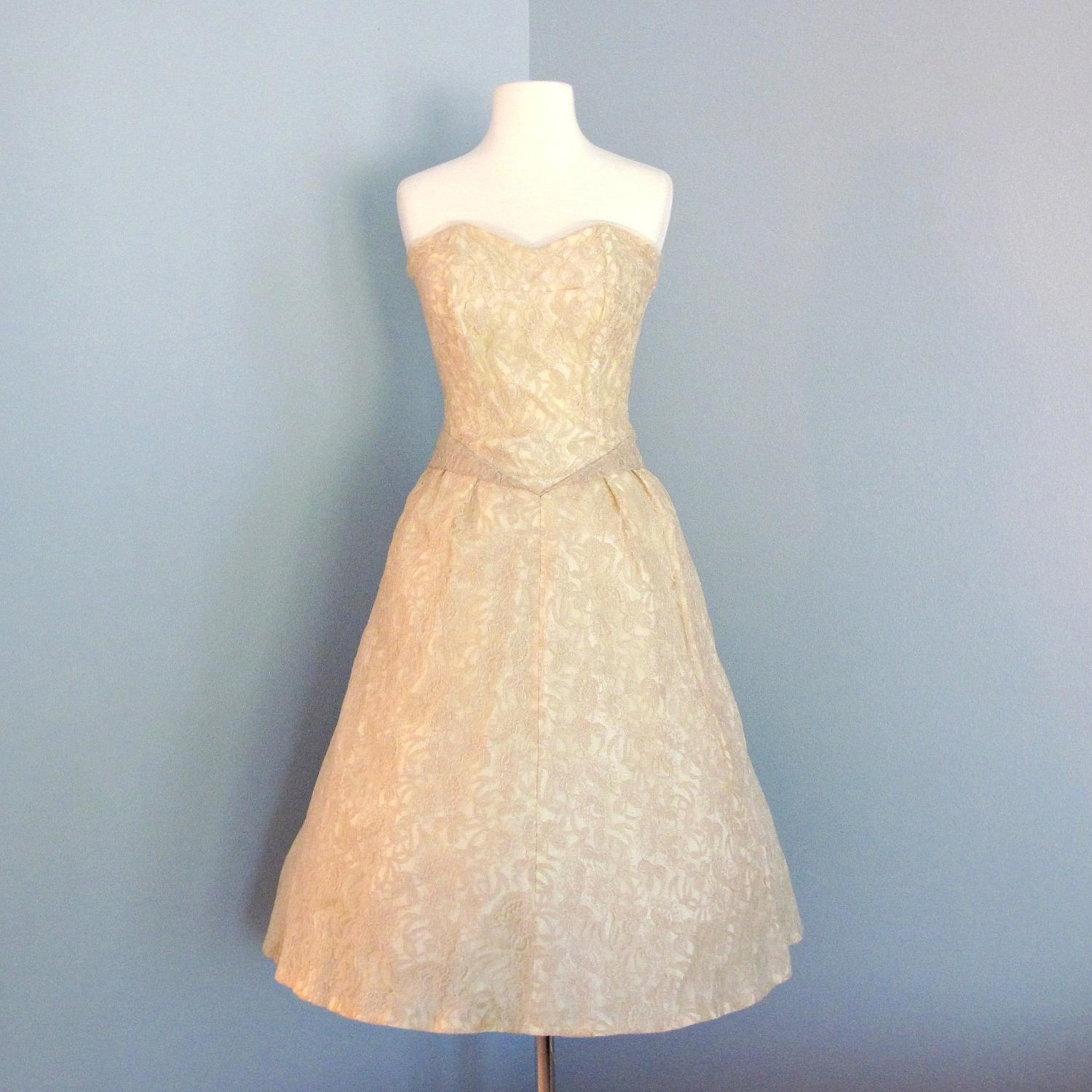 Summers s blog 1960s Short Lace Wedding Dress