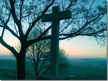 Cruz en el Paseo de las Murallas