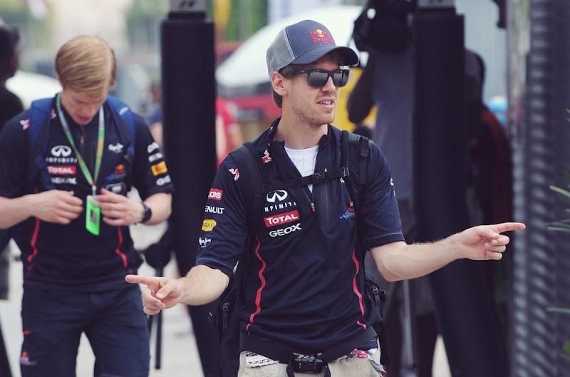 Себастьян Феттель дирижирует на Гран-при Малайзии 2012
