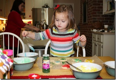 Zoey decorating Christmas cookies6