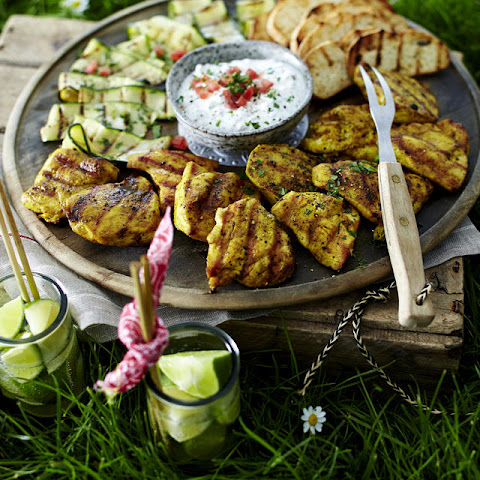 Grilled Chicken with Zucchini and Garlic Yogurt