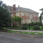 Our walking tour thru the Garden District in New Orleans 07222012-32