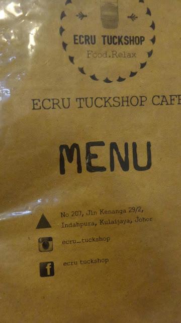 MAKAN DI ECRU TUCKSHOP CAFE, KULAIJAYA
