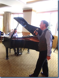 Len Hancy (vocals) and Roy Steen (grand piano) giving a duet.